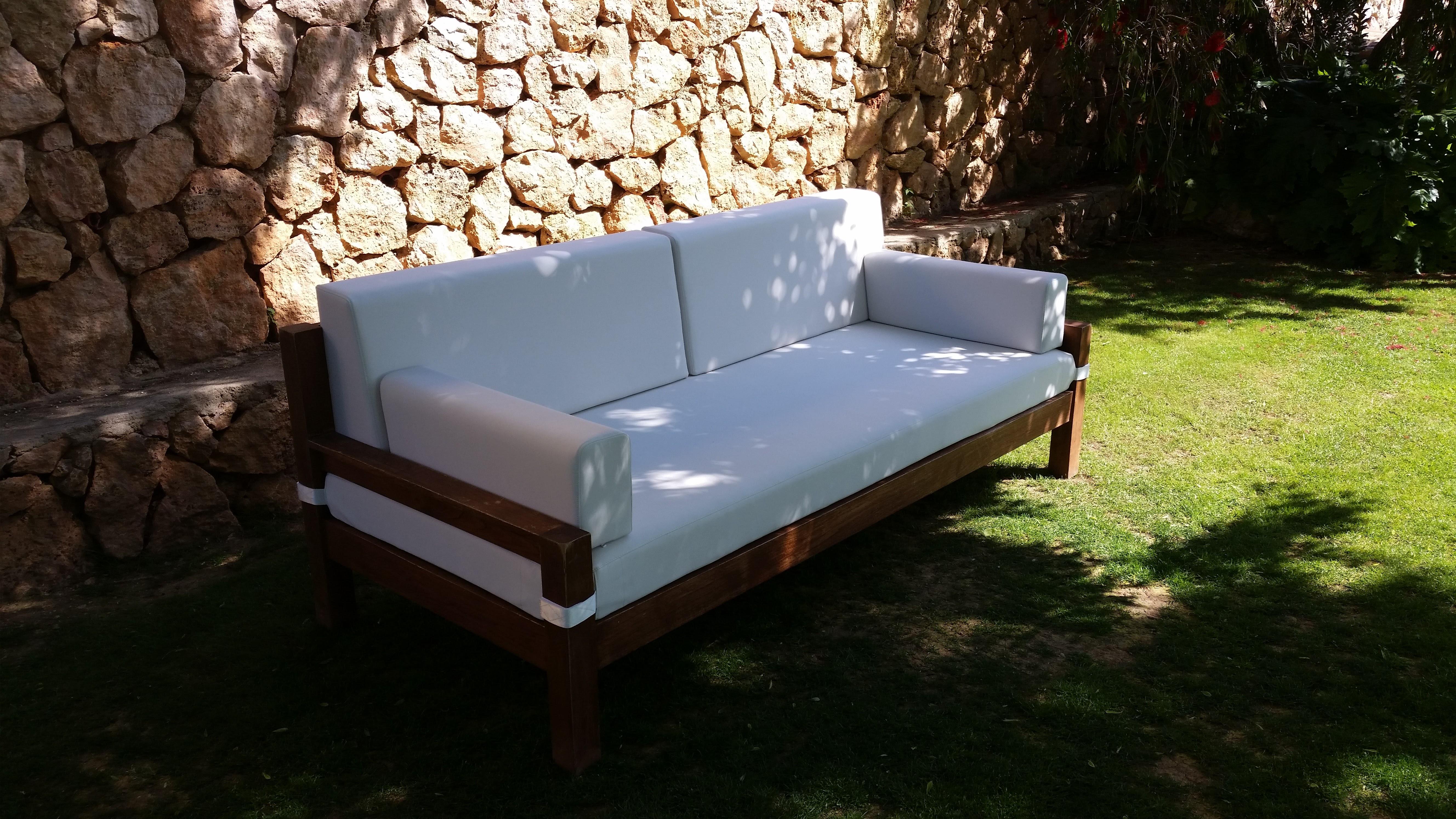 Sofa moderno tapizado